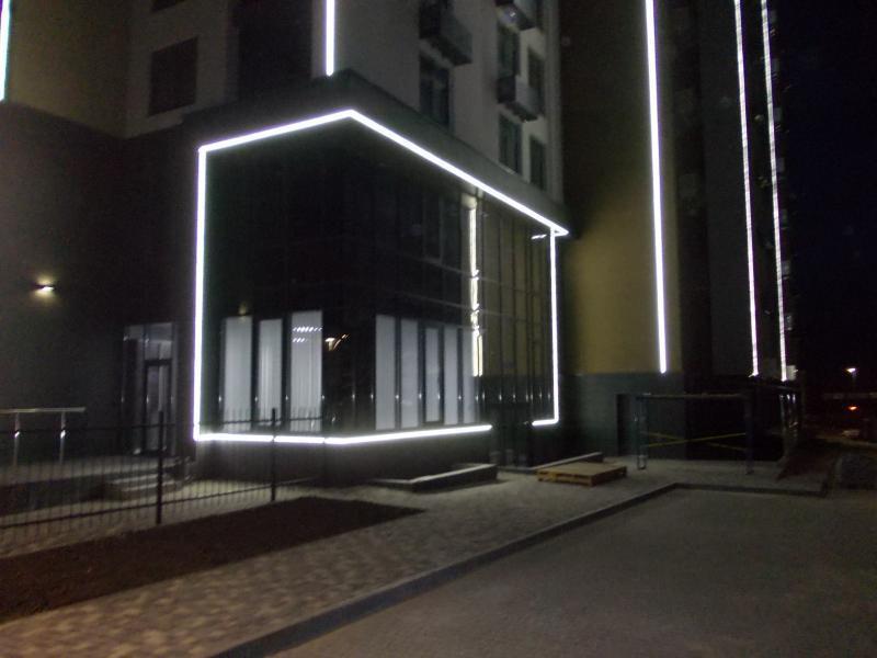 Монтаж фасадного освітлення. Луцьк.